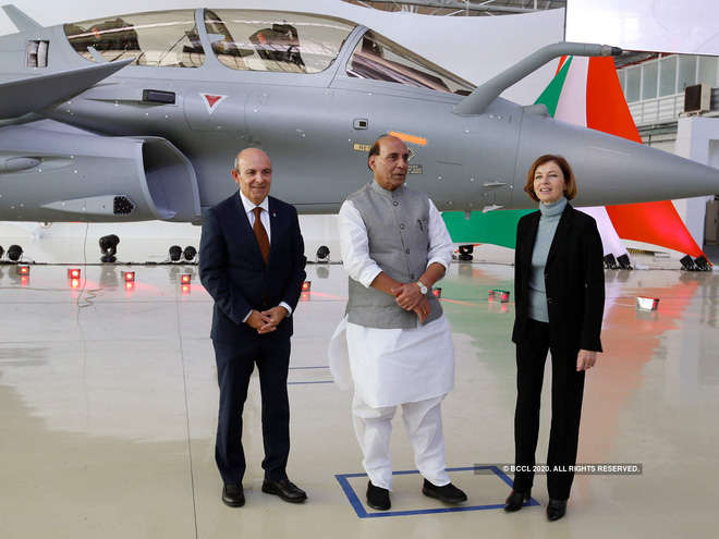 Rafale bay thẳng ra biên giới ngay khi về Ấn Độ, New Delhi dốc toàn lực đối phó Bắc Kinh - Ảnh 1.