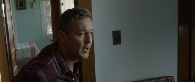 Phim kinh dị Bóng ma không xác tung trailer rùng rợn về căn nhà ma ám - Ảnh 2.
