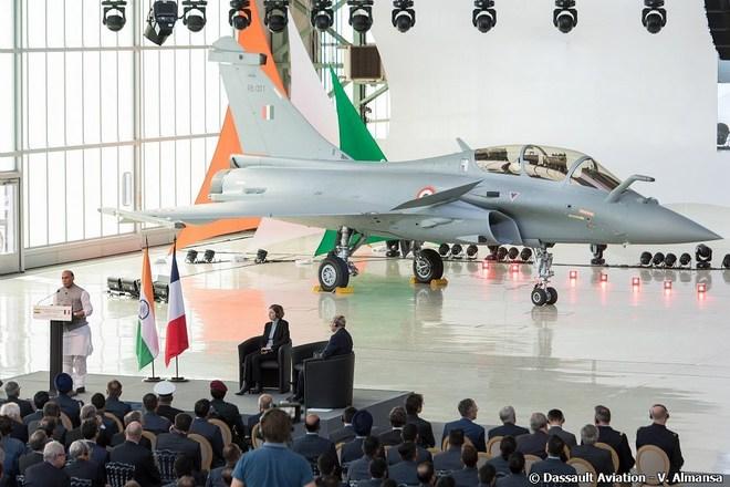 Rafale bay thẳng ra biên giới ngay khi về Ấn Độ, New Delhi dốc toàn lực đối phó Bắc Kinh - Ảnh 2.