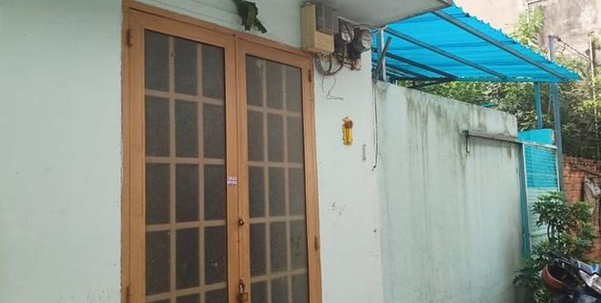 Diễn biến nóng vụ bé gái bị bạo hành ở quận Tân Phú - Ảnh 2.