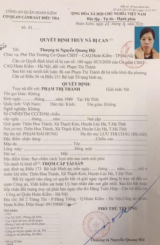 NÓNG: Người mẹ vứt bỏ con dưới hố ga là đối tượng bị truy nã - Ảnh 1.