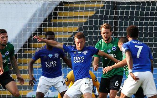 Leicester bị phong tỏa, Ngoại hạng Anh lại có thể bị gián đoạn vì Covid-19