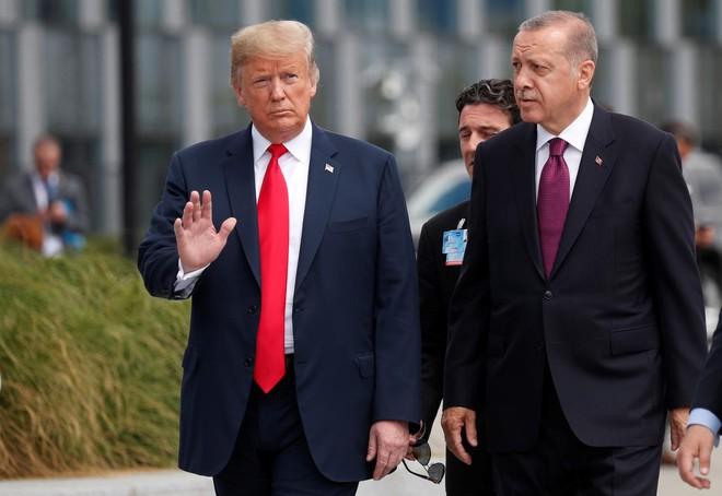 Bí mật được tiết lộ từ những cuộc điện đàm của TT Trump với các nguyên thủ nước ngoài - Ảnh 1.