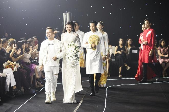 Kha Ly, Trương Quỳnh Anh mở đầu show diễn của NTK Minh Châu - Ảnh 7.