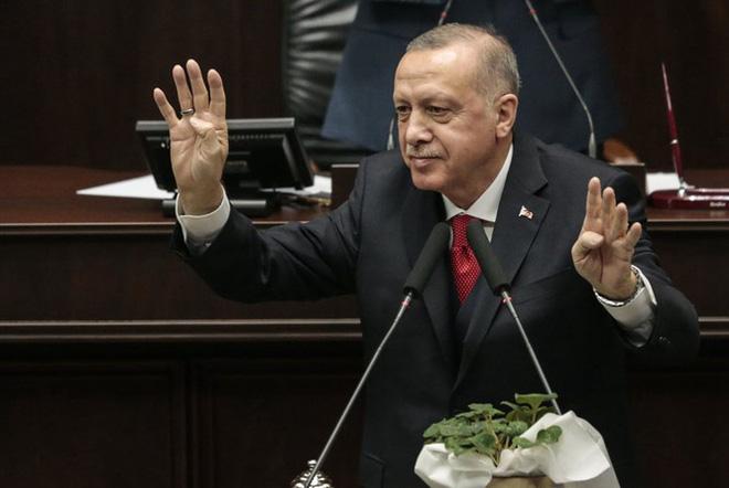 """Vì sao Thổ Nhĩ Kỳ bị """"máy bay lạ"""" tấn công thiệt hại nặng nề mà im hơi lặng tiếng? - ảnh 11"""