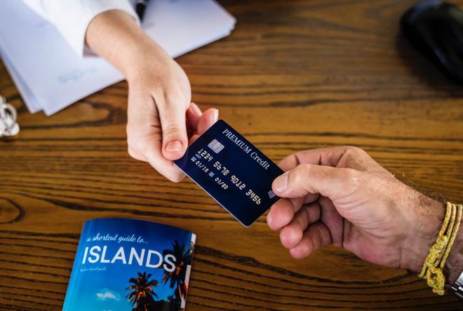 11 sai lầm nghiêm trọng nhiều người mắc phải khi sử dụng thẻ tín dụng, bạn cần biết để tránh ngay - Ảnh 4.