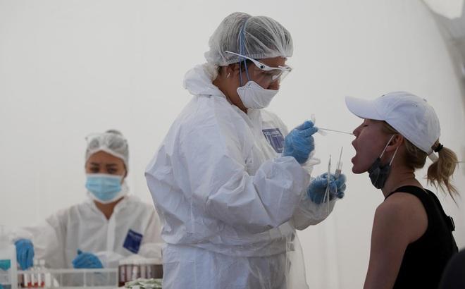 """Thực hư cảnh báo """"bệnh viêm phổi lạ nguy hiểm hơn COVID-19"""" của Đại sứ quán TQ ở Kazakhstan"""