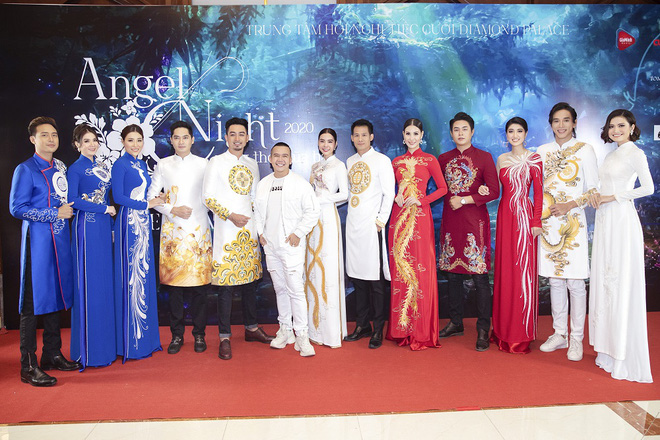 Kha Ly, Trương Quỳnh Anh mở đầu show diễn của NTK Minh Châu - Ảnh 1.