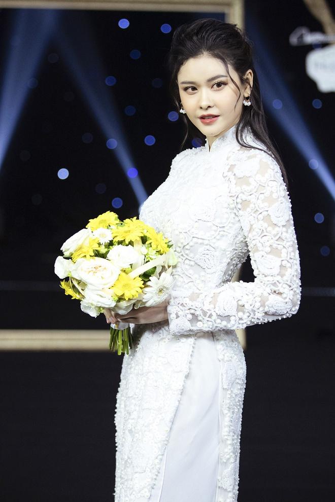 Kha Ly, Trương Quỳnh Anh mở đầu show diễn của NTK Minh Châu - Ảnh 5.