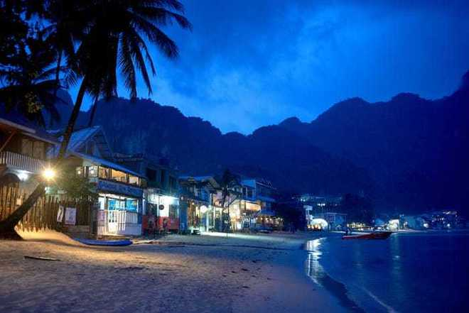 Điều đặc biệt gì khiến hòn đảo này được bình chọn đẹp nhất thế giới? - Ảnh 13.