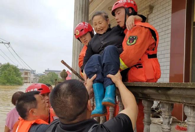 TQ: Cận cảnh cuộc sống của người dân ở nơi xảy ra vỡ đê trên sông Dương Tử - Ảnh 8.