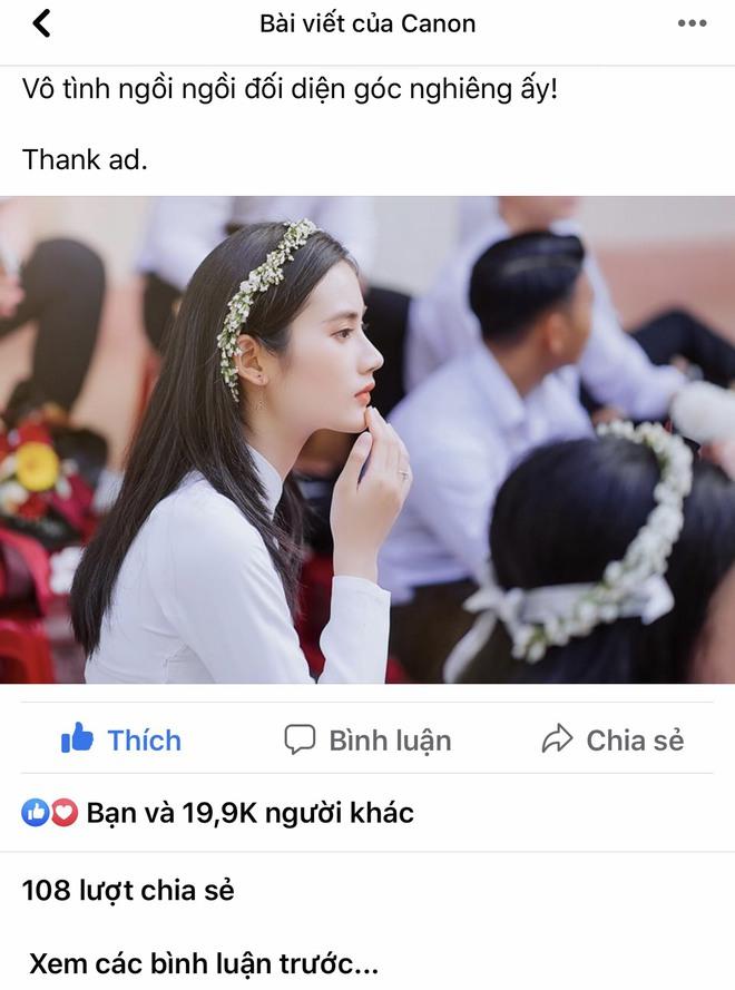 Sở hữu góc nghiêng cực phẩm, nữ sinh Bình Định hút 20.000 lượt yêu thích nhờ bức ảnh rạng rỡ trong lễ bế giảng - Ảnh 1.