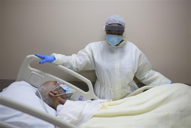 COVID-19 tới 6h sáng 13/7: Thế giới vượt 13 triệu ca bệnh, trên 570.000 người tử vong - Ảnh 1.