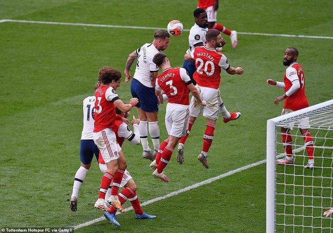 Đại địch chịu thất bại không tưởng, top 4 Premier League nằm trong tay Man United - Ảnh 2.