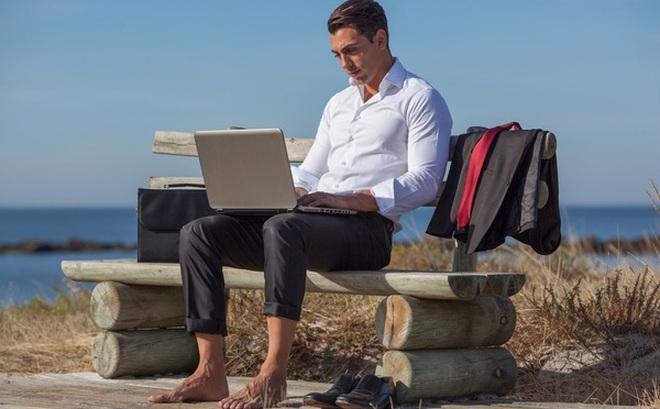 Vì sao các công ty startup thường cung cấp bia, bóng bàn, võng,... cho nhân viên ngay tại văn phòng làm việc?
