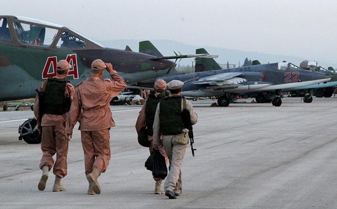 Chiến sự Syria: Nga bất ngờ bơm thêm vũ khí, phiến quân chết như ngả rạ vì tấn công quân đội Syria