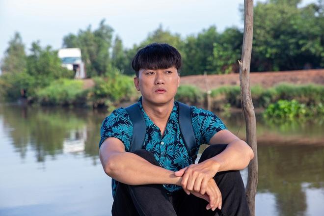 Quách Ngọc Tuyên dốc hết tiền tiết kiệm, vay bố 200 triệu làm phim: Tôi buồn và lo lắng - Ảnh 1.