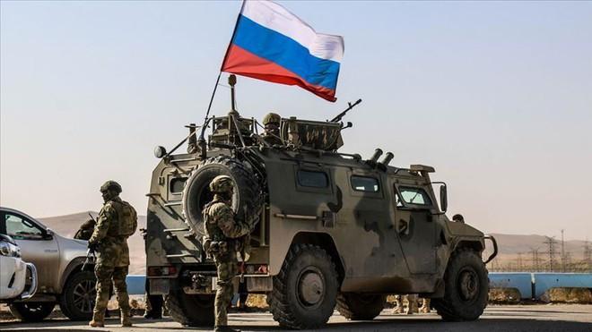 Quân đội Nga bị tấn công ở Syria, đã có thương vong - Ảnh 1.