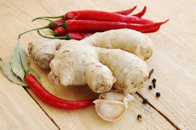 Danh sách đỏ thực phẩm chống viêm và danh sách đen nên tránh: Ăn đúng để không mắc bệnh - Ảnh 3.