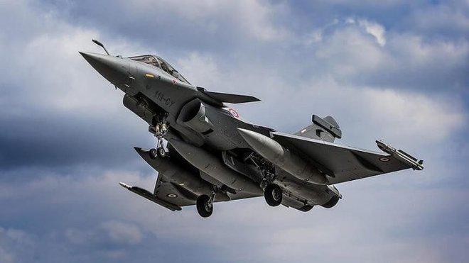 Tiêm kích Rafale Pháp xé nát S-400 Nga ở Libya: Chuyện viễn tưởng hay mối nguy thực sự? - Ảnh 1.
