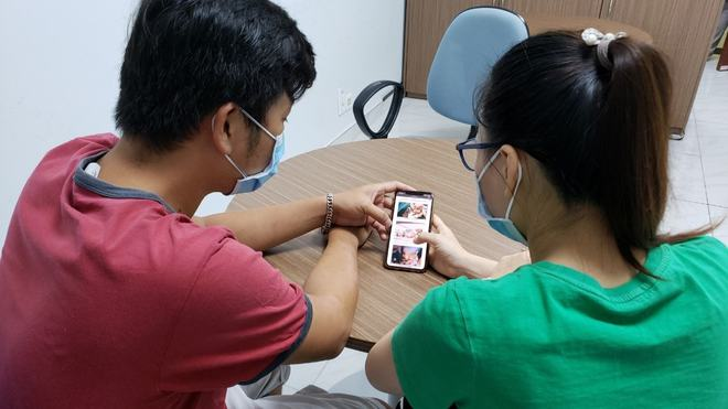 Ca mổ tách rời 2 bé Song Nhi thành công tốt đẹp, bố mẹ vỡ oà khi nhìn con qua điện thoại - Ảnh 3.