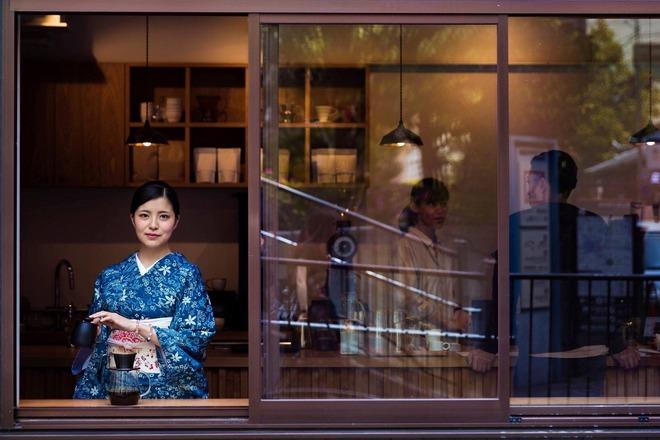 Dành 6 năm đi khắp 5 châu chụp ảnh phụ nữ, nhiếp ảnh gia gây bất ngờ với bản đồ sắc đẹp của thế giới, trong đó có Việt Nam - Ảnh 24.
