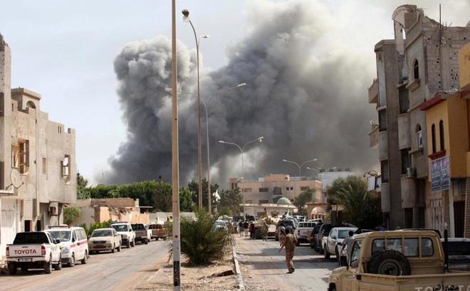 """Libya trở thành """"mảnh đất màu mỡ"""" cho cuộc chiến ủy nhiệm đẫm máu?"""