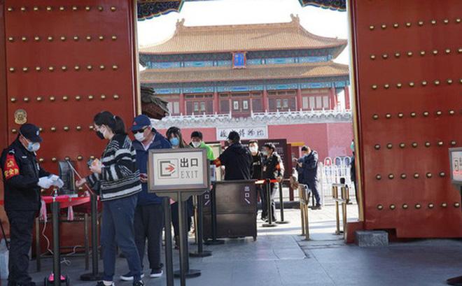 Trung Quốc nối lại các tour du lịch nội địa sau gần 6 tháng