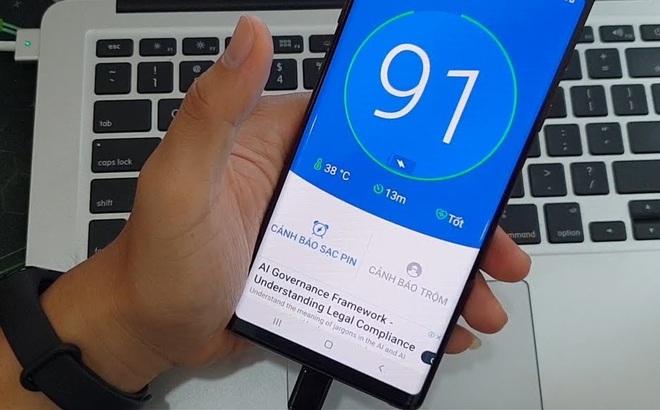 4 smartphone sạc nhanh siêu tốc, giá cực kỳ phải chăng