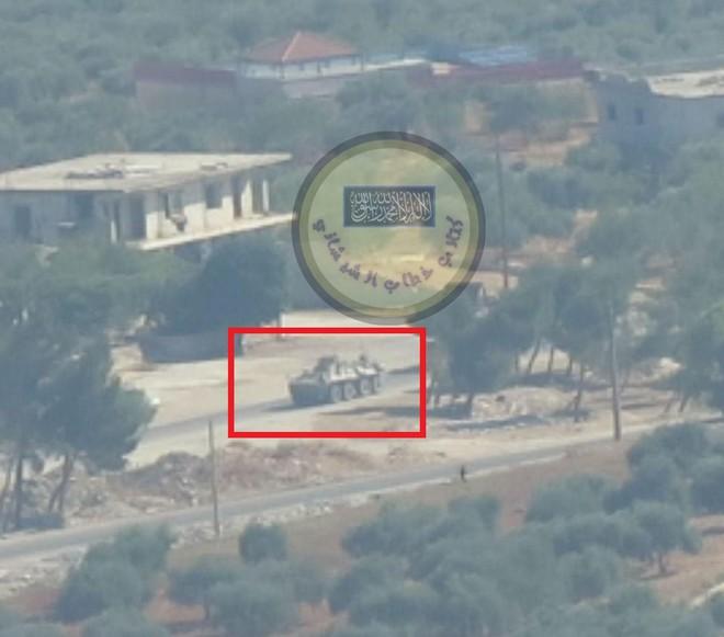Lao xe bom vào Quân cảnh Nga, khủng bố Syria trả giá đắt: Quái thú BTR-82A lập công lớn - Ảnh 2.