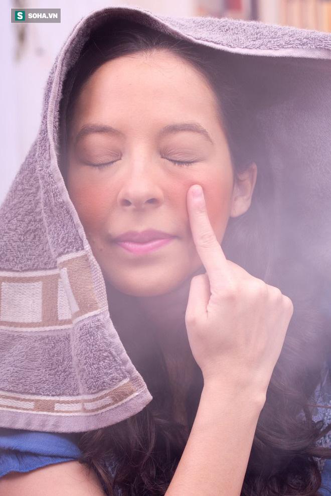 Phương thuốc 0 đồng: 6 điều kỳ diệu xảy ra khi bạn xông hơi mặt mỗi tuần một lần - Ảnh 3.
