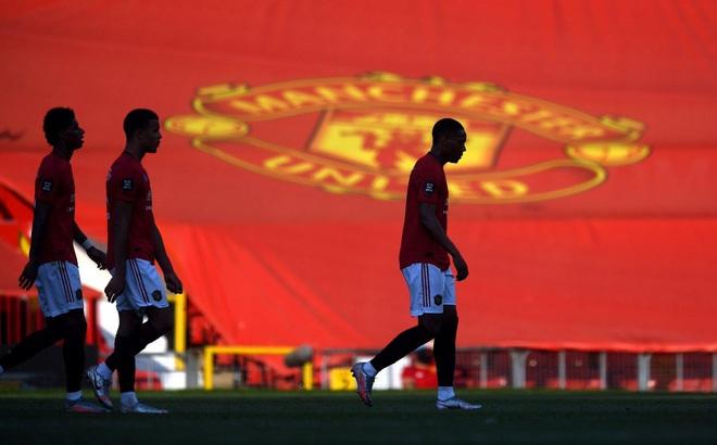 Quyến rũ nhưng trắng tay, Man United đang đi vào