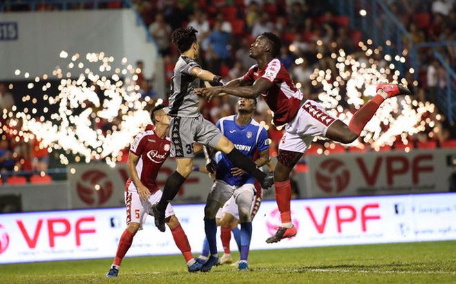 Danh sách cầu thủ bị treo giò ở vòng 10 V.League 2020: CLB TP Hồ Chí Minh khủng hoảng lực lượng nặng nề