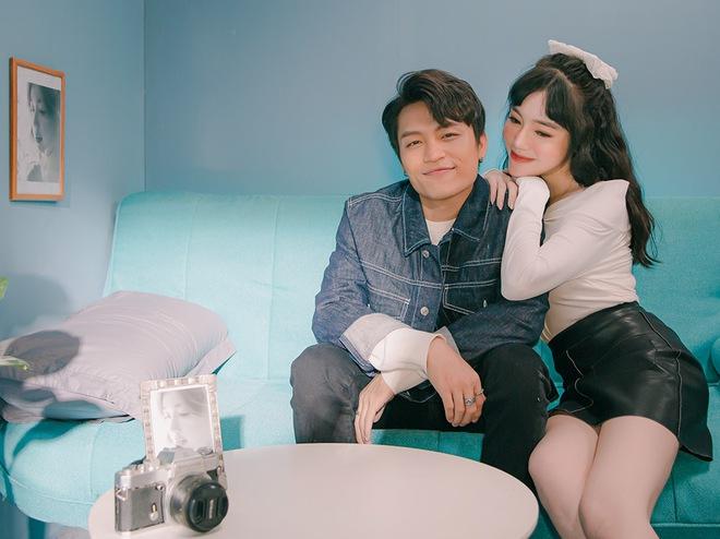 Việt Thắng tình tứ với Elly Trần trong sản phẩm tái xuất - Ảnh 6.