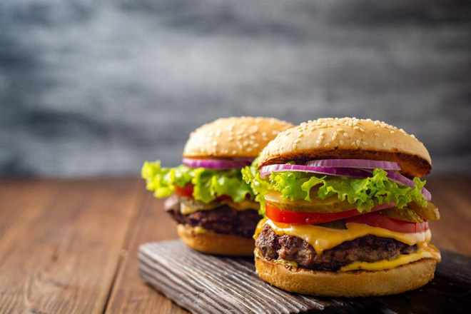 Chuyên gia dinh dưỡng khuyến cáo: Lợi và hại của 7 món thịt nướng khoái khẩu - Ảnh 3.