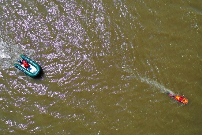TQ: Nước lũ ở đập Tam Hiệp vượt cảnh báo 12m, ông Tập triệu tập họp khẩn - Ảnh 1.