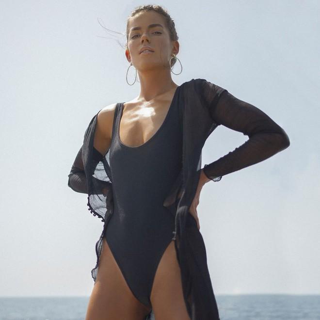 Dàn mỹ nhân áo tắm diện bikini nảy lửa đón nắng hè - Ảnh 8.