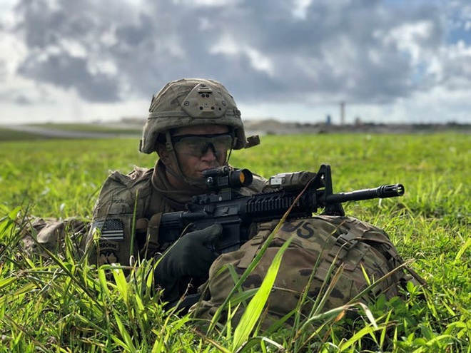 Lính dù Mỹ ồ ạt tập trận đánh chiếm đảo ở Thái Bình Dương - ảnh 4