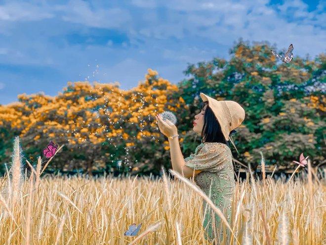Ấn tượng thị giác: Bạn nhìn thấy cô gái hay lá hoa trước tiên, và nó tiết lộ điều gì? - Ảnh 1.