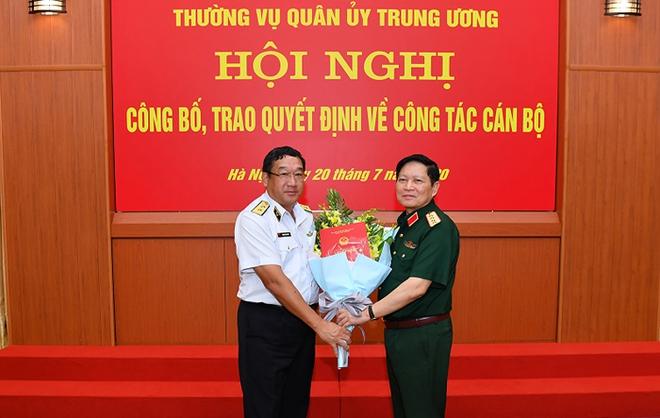 Đại tướng Ngô Xuân Lịch trao quyết định bổ nhiệm Thứ trưởng Bộ Quốc phòng cho 3 Tư lệnh - Ảnh 2.