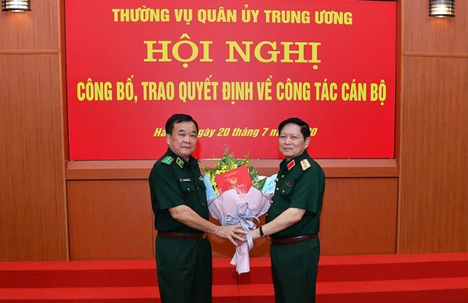 Đại tướng Ngô Xuân Lịch trao quyết định bổ nhiệm Thứ trưởng Bộ Quốc phòng cho 3 Tư lệnh - Ảnh 3.
