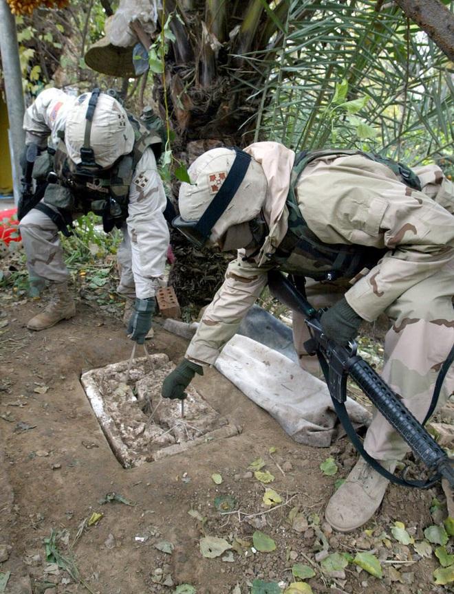 Cuộc bắt giữ và hành quyết cựu Tổng thống Iraq Saddam Hussein - Những thông tin lần đầu được hé lộ - ảnh 2
