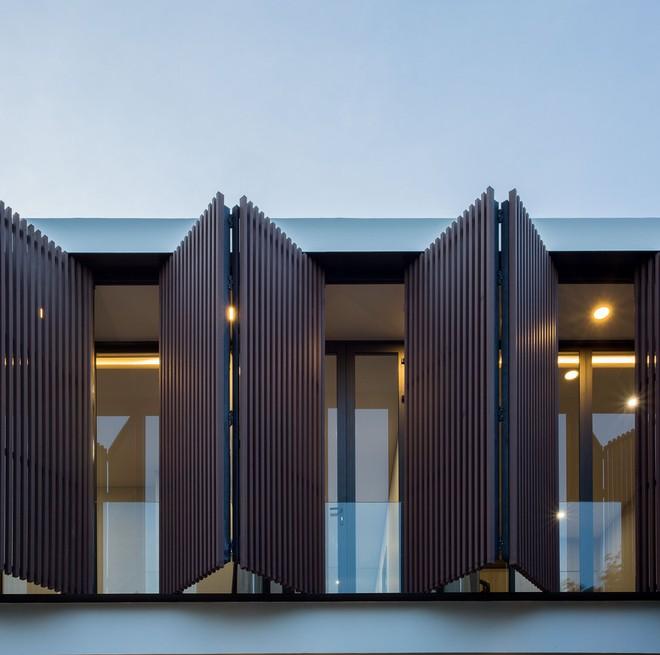 Ngôi nhà 230 m2 với phần quan trọng nhất là khu bếp và mảnh vườn nhỏ - Ảnh 3.