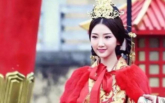 """Nữ nhân """"mắc kẹt"""" cả đời ở chốn thâm cung: 6 tuổi nhập cung làm Hoàng hậu, 15 tuổi trở thành Thái hậu và trải qua 4 đời Hoàng đế"""