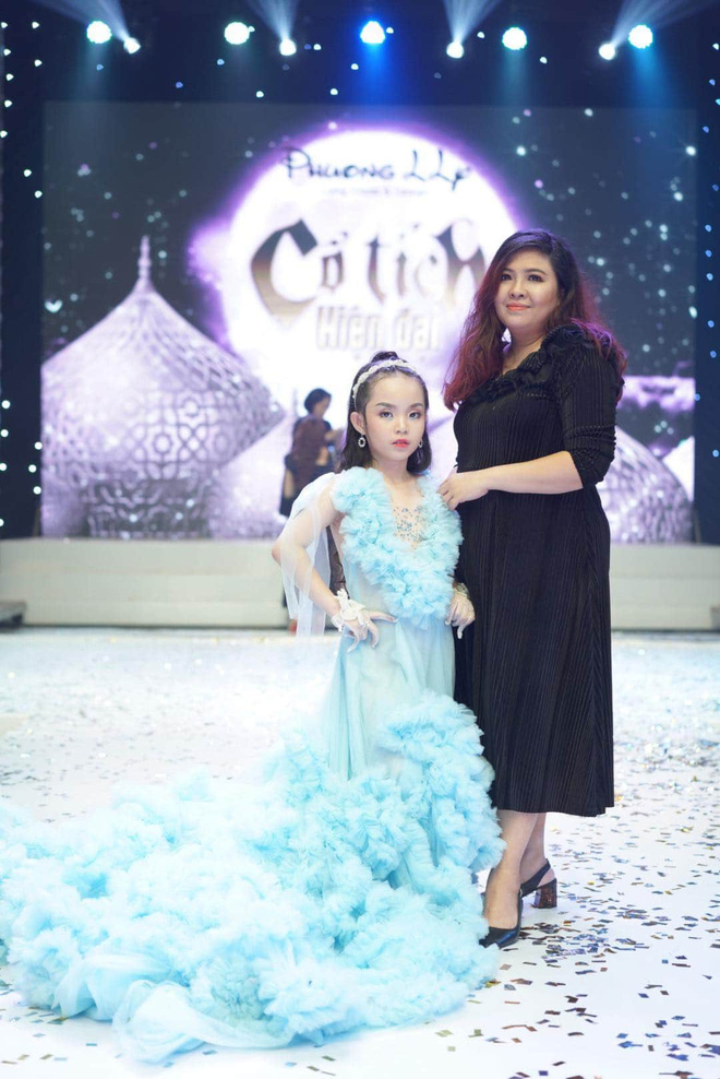 Mẫu nhí Trần Quách Thiên Kim mặc đầm công chúa, tự tin catwalk - Ảnh 7.