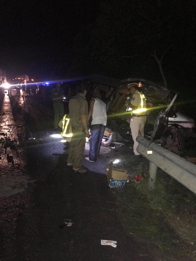 Nguyên nhân vụ tai nạn thảm khốc khiến 8 người chết ở Bình Thuận: Xe khách đi sai phần đường - Ảnh 1.