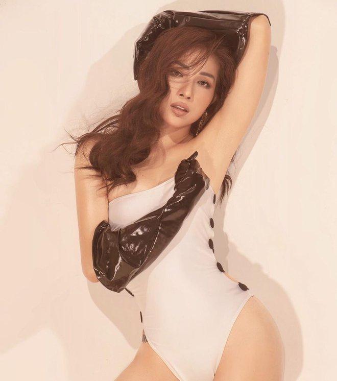 Khả Như khoe hình thể cực nóng bỏng với bikini - Ảnh 9.