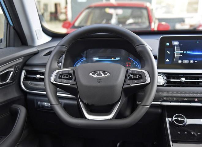 Quá rẻ cho chiếc SUV 5 chỗ, chiếc ô tô giá 230 triệu đồng bảo hành động cơ trọn đời có gì? - Ảnh 8.