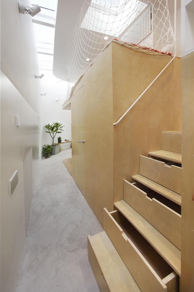 Với thiết kế độc đáo, miếng đất vẹo vọ, chẳng giống ai trở thành một kiệt tác kiến trúc - Ảnh 3.