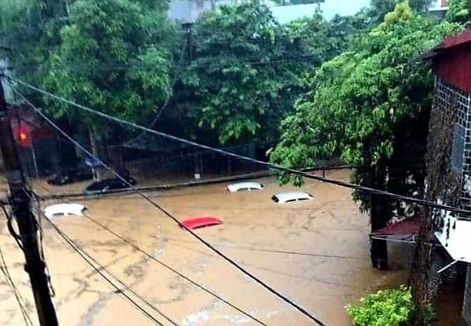 PGĐ Trung tâm Dự báo KTTVQG: Lượng mưa gây ngập đến nóc ô tô ở Hà Giang lớn nhất trong 59 năm qua - Ảnh 2.